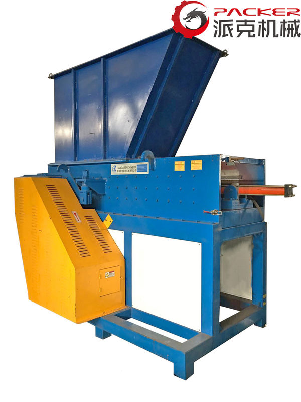 Single Industrial Plastic Shredder 380V 3 Phase 650*1050mm Feeding Mouth