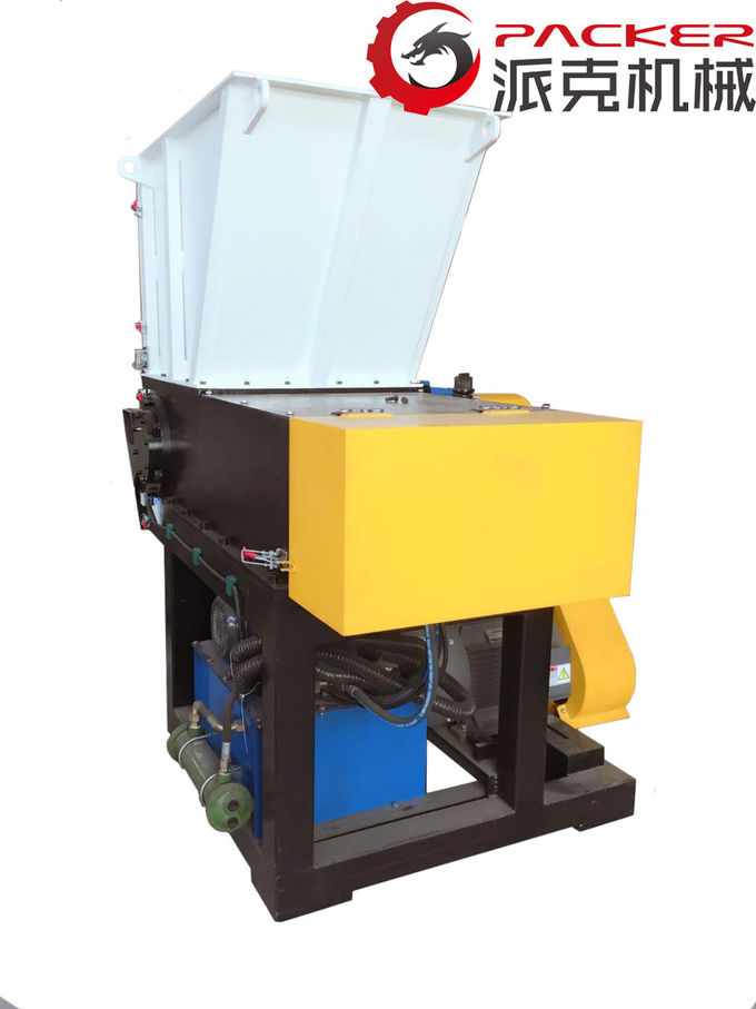 Slow Speed Plastic Film Shredder With 650*1050mm Feeding Mouth High Torque